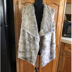 Maurice's Faux Fur and Sweater Vest Size 1 (1X)
